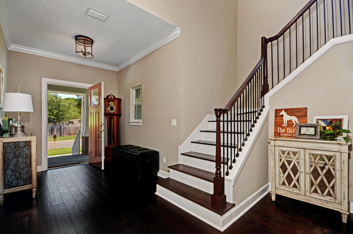Tampa custom home construction entryway