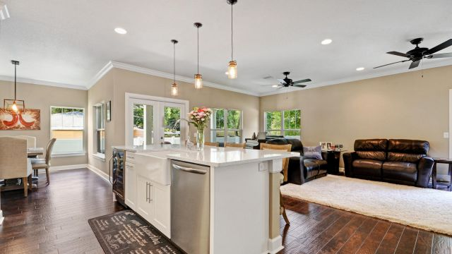 Tampa Custom Home Builder Blake Building kitchen